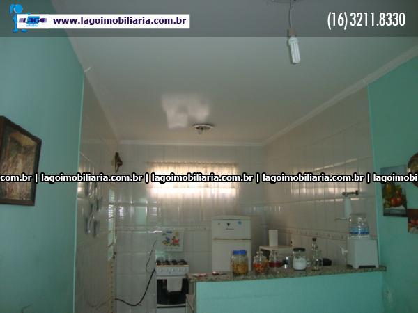 Alugar Casas / com Salão em Ribeirão Preto apenas R$ 739,00 - Foto 5