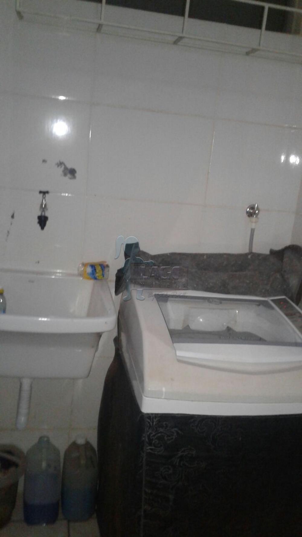 Alugar Casas / Padrão em Ribeirão Preto apenas R$ 800,00 - Foto 32
