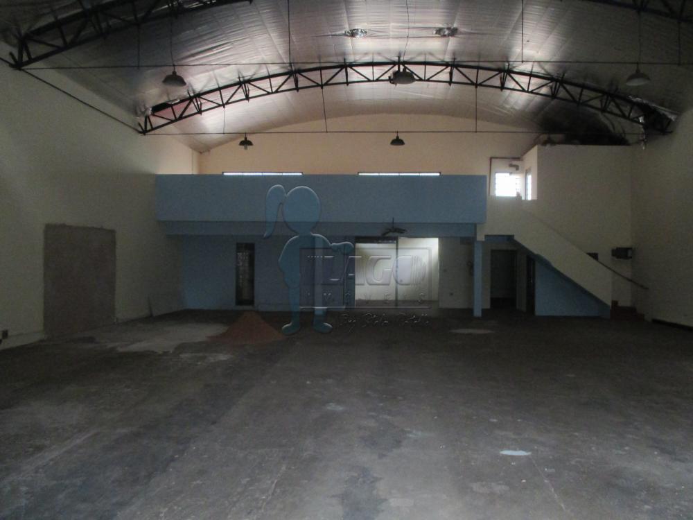 Comercial / Salão/Galpão em Ribeirão Preto Alugar por R$4.000,00