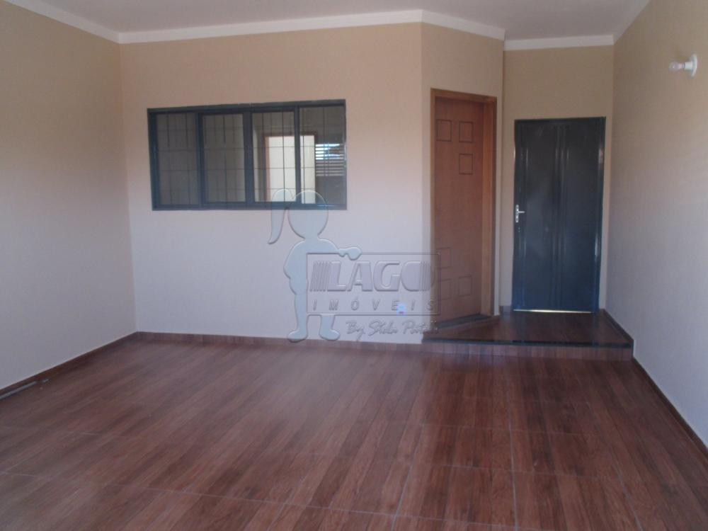 Casas / Padrão em Jardinópolis Alugar por R$750,00