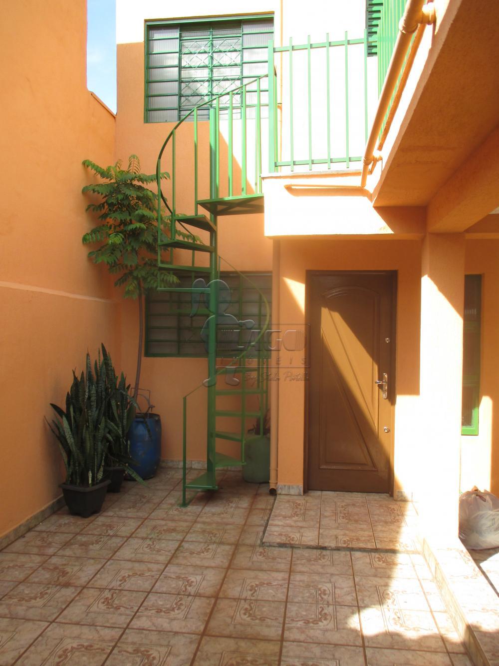 Casas / Padrão em Ribeirão Preto Alugar por R$960,00