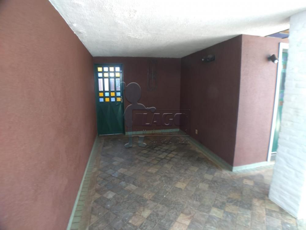 Alugar Casas / Padrão em Ribeirão Preto apenas R$ 1.800,00 - Foto 1