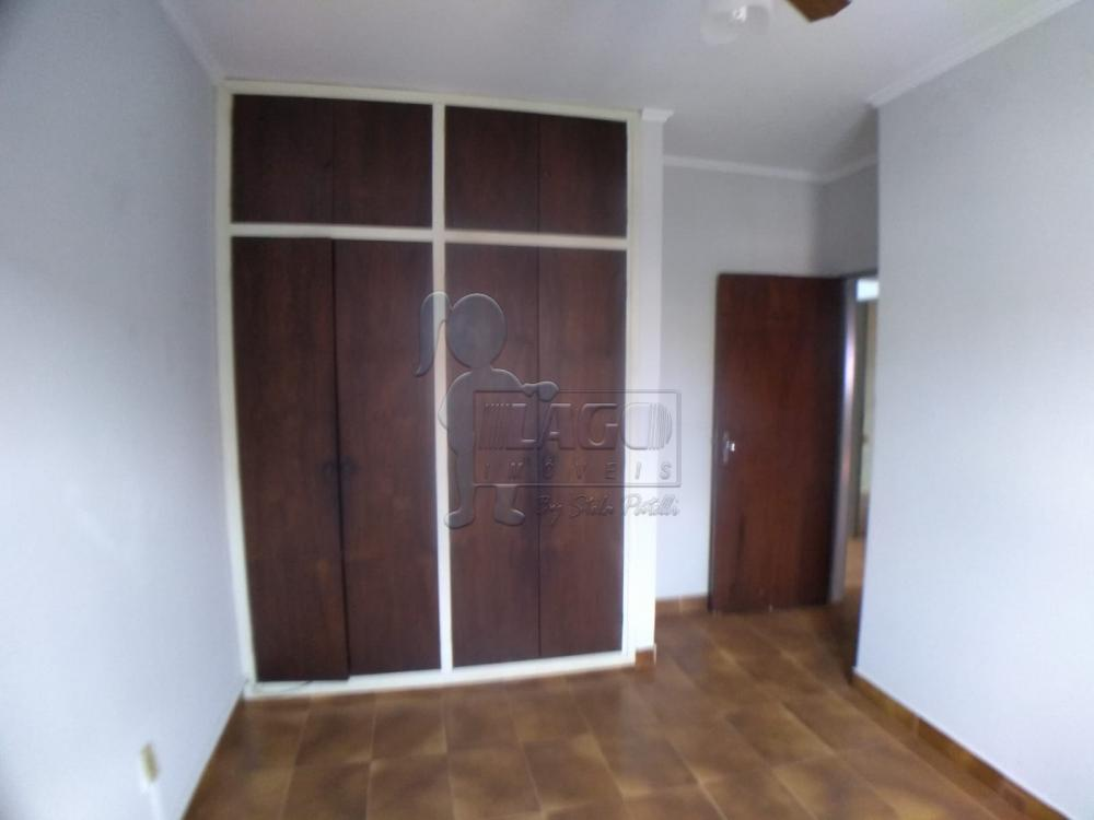 Alugar Casas / Padrão em Ribeirão Preto R$ 1.100,00 - Foto 4
