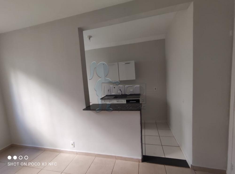 Alugar Apartamento / Padrão em Ribeirão Preto R$ 600,00 - Foto 9