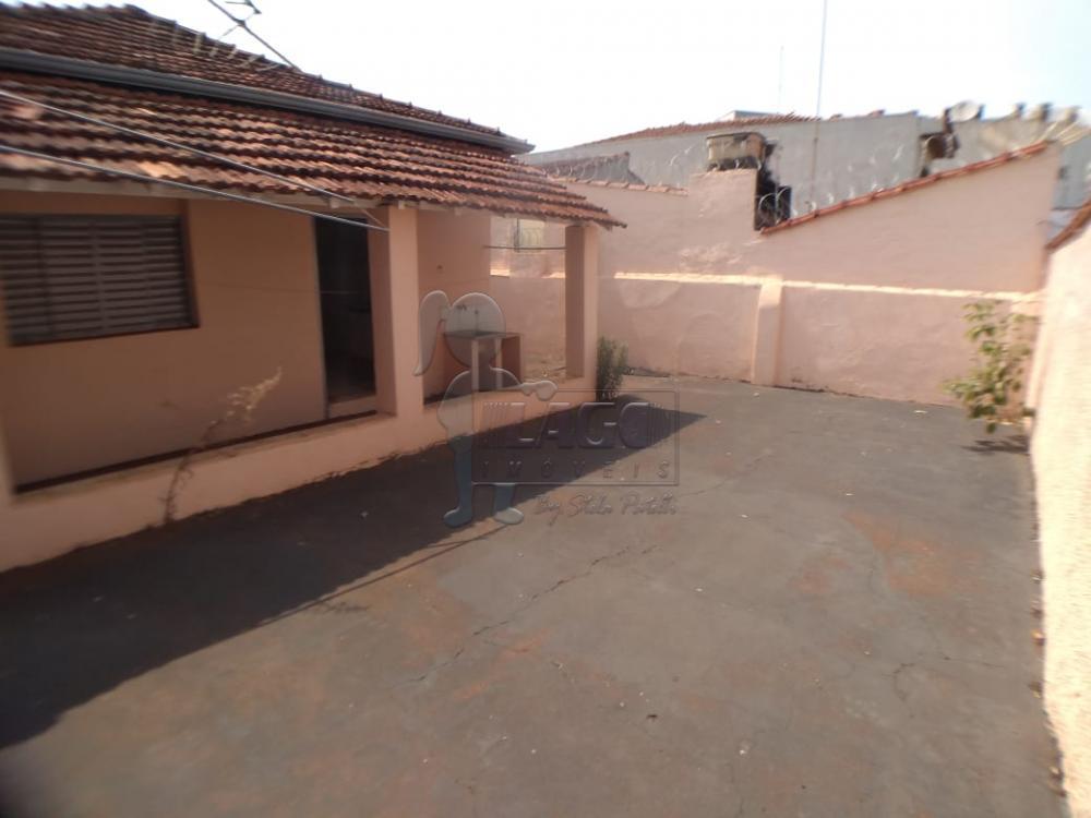Alugar Casas / Padrão em Ribeirão Preto R$ 900,00 - Foto 9