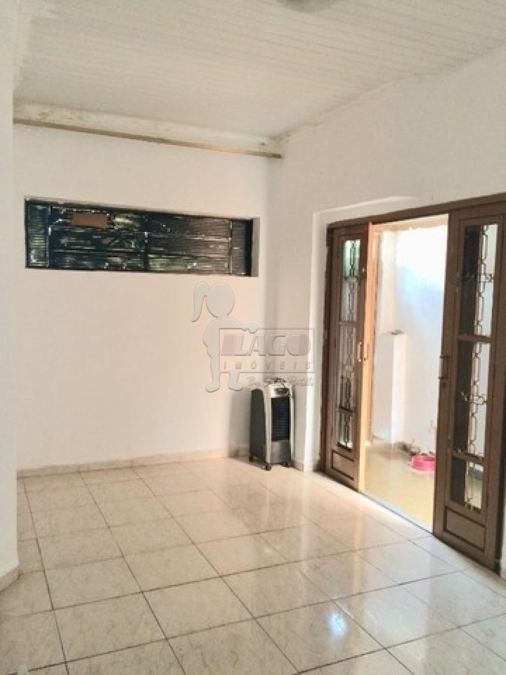 Comprar Casas / Padrão em Ribeirão Preto R$ 180.000,00 - Foto 2