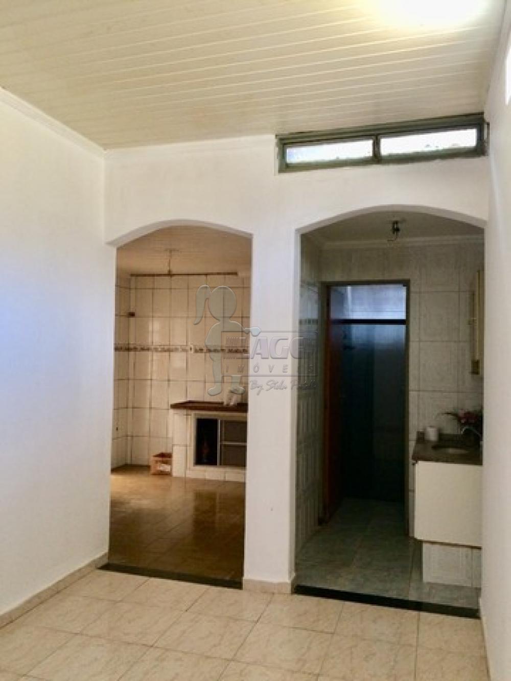 Comprar Casas / Padrão em Ribeirão Preto R$ 180.000,00 - Foto 12