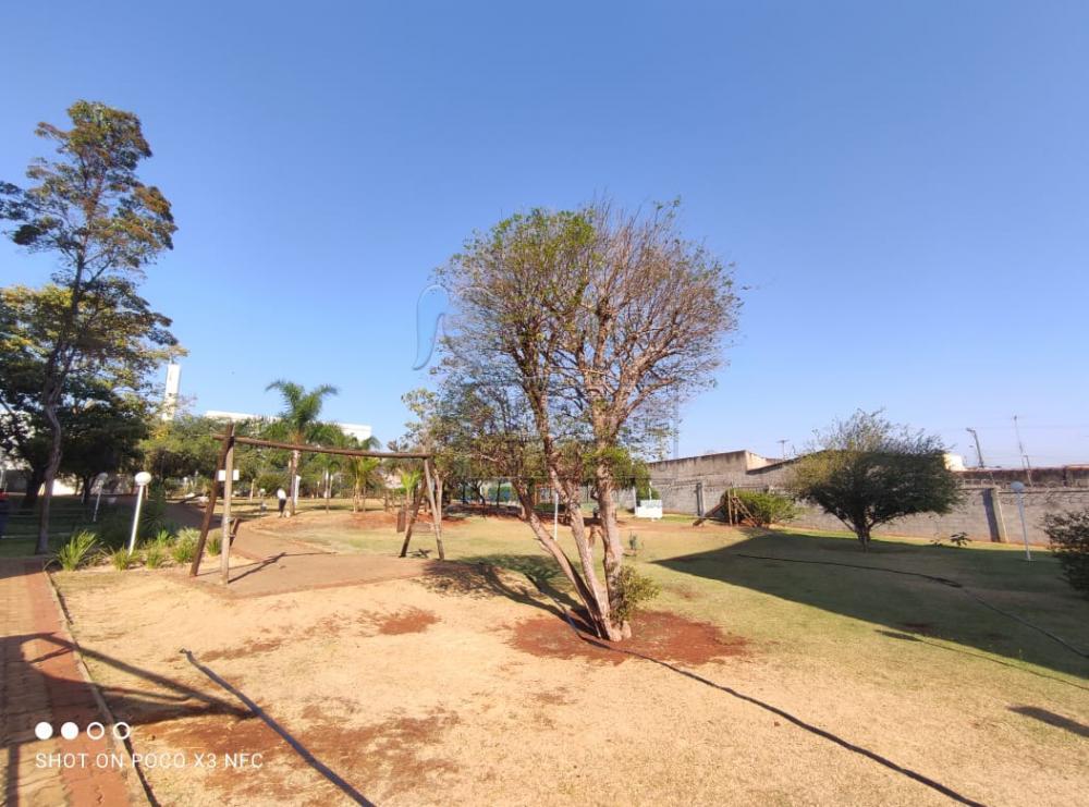 Alugar Apartamento / Padrão em Ribeirão Preto R$ 600,00 - Foto 21