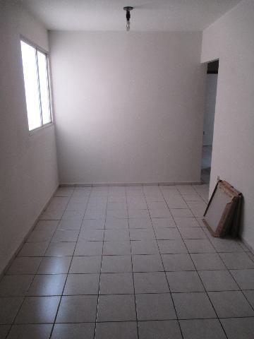Alugar Apartamento / Padrão em Ribeirão Preto. apenas R$ 870,00