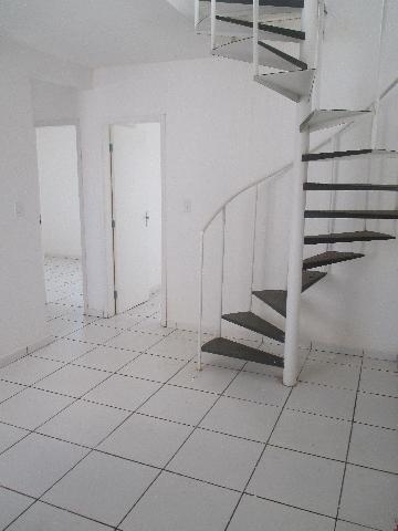 Alugar Apartamento / Cobertura em Ribeirão Preto. apenas R$ 850,00