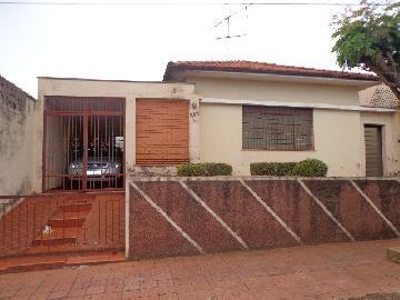 Alugar Casas / Padrão em Ribeirão Preto. apenas R$ 380.000,00