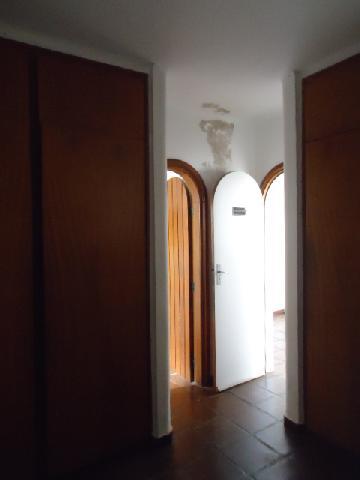 Alugar Casas / Padrão em Ribeirão Preto. apenas R$ 8.500,00