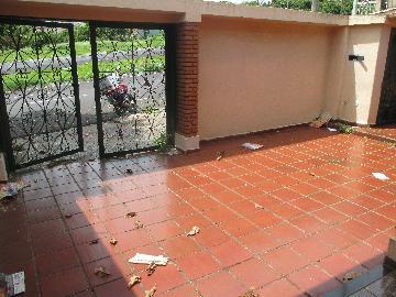 Alugar Casas / Padrão em Ribeirão Preto. apenas R$ 980,00