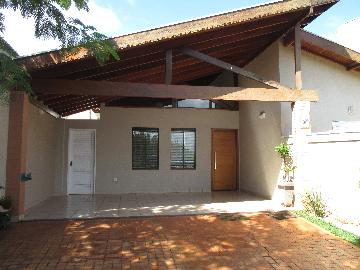 Alugar Casas / Condomínio em Bonfim Paulista. apenas R$ 2.500,00