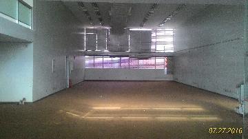 Alugar Comercial / Salão/Galpão em Jaboticabal. apenas R$ 15.000,00