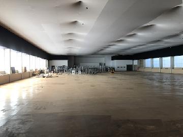 Cristais Paulista + 150 m Salao Venda R$4.800.000,00  Area do terreno 24000.00m2