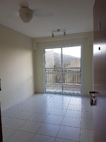 Apartamento / Padrão em Bonfim Paulista Alugar por R$900,00