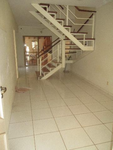Alugar Casas / Condomínio em Ribeirão Preto. apenas R$ 1.400,00