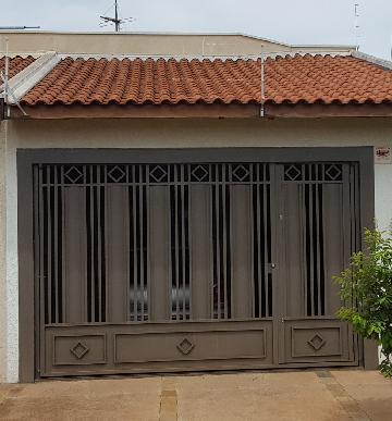 Alugar Casas / Padrão em Ribeirão Preto. apenas R$ 220.000,00