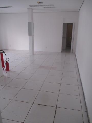 Alugar Comercial / Salão/Galpão em Ribeirão Preto apenas R$ 4.000,00 - Foto 3