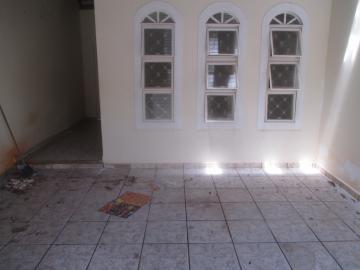 Casas / Padrão em Ribeirão Preto Alugar por R$750,00