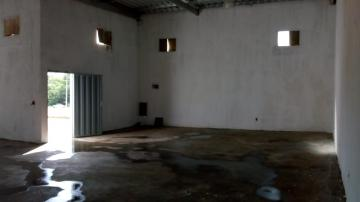 Alugar Comercial / Salão/Galpão em Sertãozinho apenas R$ 1.800,00 - Foto 2