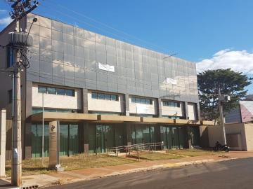 Comercial / Salão/Galpão em Ribeirão Preto Alugar por R$50.000,00