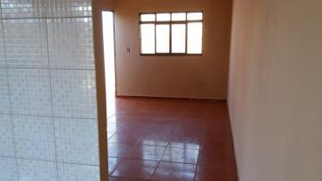 Alugar Casas / Padrão em Ribeirão Preto apenas R$ 600,00 - Foto 1