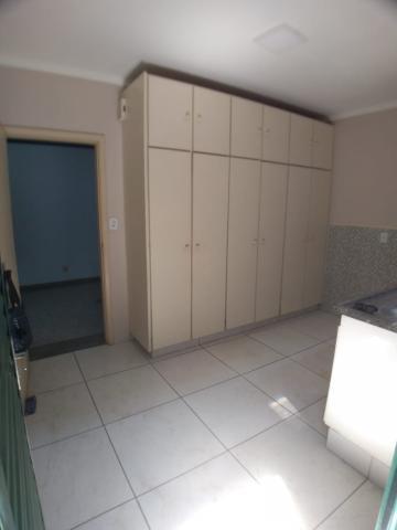 Alugar Casas / Padrão em Ribeirão Preto apenas R$ 1.800,00 - Foto 16
