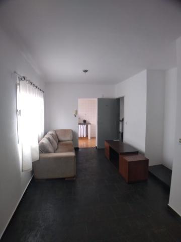 Comprar Apartamento / Kitchenet em Ribeirão Preto - Foto 3