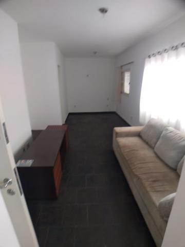 Comprar Apartamento / Kitchenet em Ribeirão Preto - Foto 1