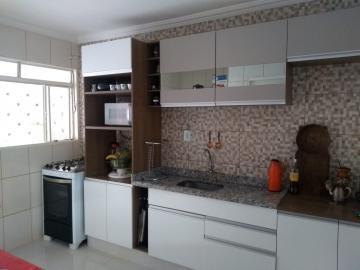 Comprar Casas / Padrão em Ribeirao Preto apenas R$ 350.000,00 - Foto 4