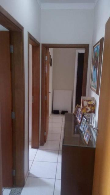 Comprar Apartamento / Padrão em Ribeirão Preto apenas R$ 165.000,00 - Foto 3