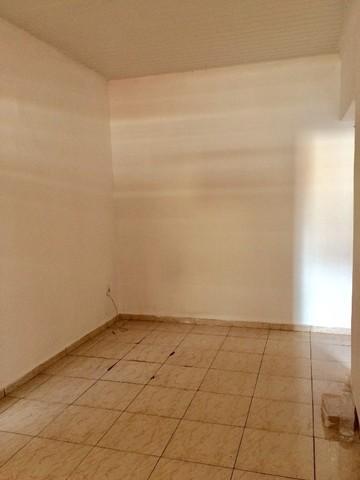 Comprar Casas / Padrão em Ribeirão Preto R$ 180.000,00 - Foto 3