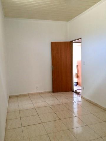 Comprar Casas / Padrão em Ribeirão Preto R$ 180.000,00 - Foto 1