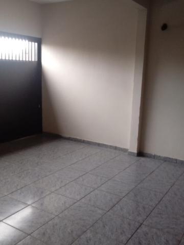 Comprar Casas / Padrão em Ribeirão Preto R$ 195.000,00 - Foto 1